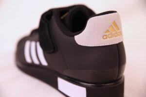 Adidas Power Perfect III musta painikenkä